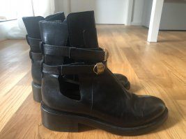 Dorothee Schumacher Cut Out Booties black leather
