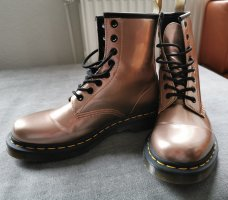 Dr. Martens Combat Boots rose-gold-coloured