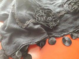 Szydełkowany szalik czarny