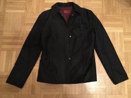 dunkelblaue Jacke von Hugo Boss