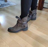 Dunkelgraue braune Leder Boots Stiefeletten für den Herbst Übergangszeit Winter Vintage