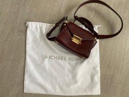 Dunkelrote Michael Kors Tasche