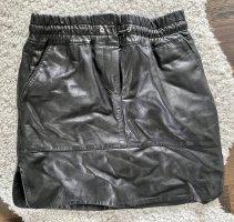 Mrs & HUGS Jupe en cuir noir-argenté cuir