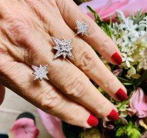 Edler Star Ring