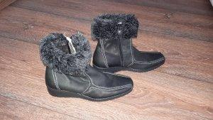 Ein paar sehr schöne, Echtleder Stiefelchen in Größe 36 von Janet D.!