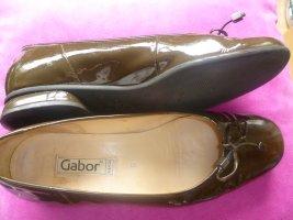 Ein wunderschöner brauner Lack-Ballerina von Gabor Gr. 5