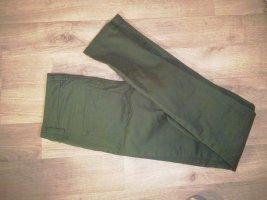 einfache grüne Hose