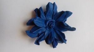 Handmade Broche azul Cuero