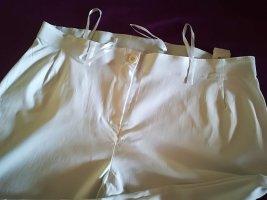 Elastische weiße Hose von Sheego - Kurzgröße 23!