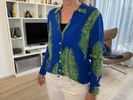 Elegante Bluse mit Blattprint