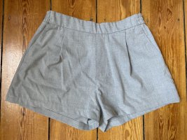 Elegante Hose von Pull & Bear Gr.L Hellgrau Shorts Business Look