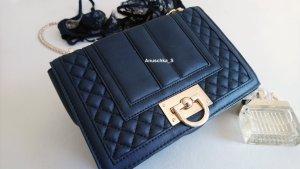 Elegante Umhängetasche Crossbodybag schwarz Lederoptik gold mit Steppung und Kette