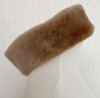 elegantes, beige-hellbraunes Stirnband aus 100% Lammfell von Saks Fith Avneue - in New York City gekauft