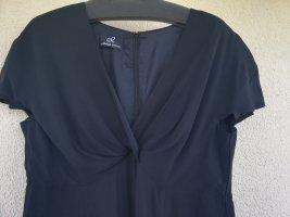elegantes wadenlanges schwarzes Seidenchiffonkleid von Emilia Lay