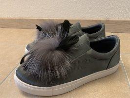 Ella Cruz Sneakers