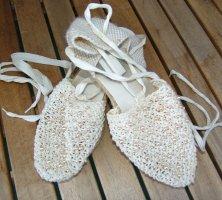 Sandały klinowe na obcasie jasnożółty-w kolorze białej wełny