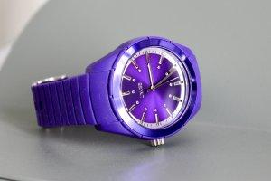 Esprit Montre analogue violet