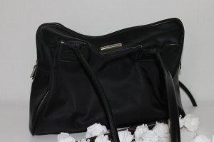 Esprit schwarze Ledertasche