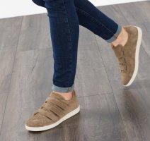 Edc Esprit Sneaker con strappi cachi