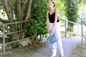 ESPRIT weiße Stoffhose mit Silberdetails, lockere Hose, weitgeschnitten