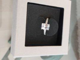 exklusiver Ring von Diamond Fire # Grösse 54/55