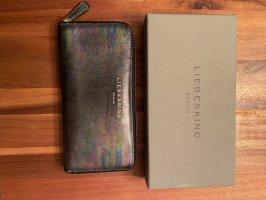 Extravagant: Liebeskind-Geldbeutel in stylischem Muster