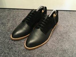 Shellys Derby black leather