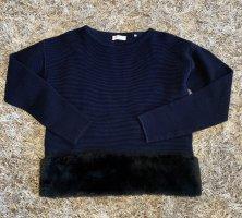 Extravaganter Pullover