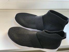 Fabletics shoes