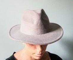 Fadora style hat