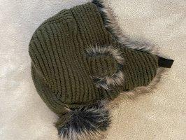 Pull & Bear Fur Hat dark green