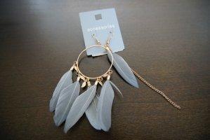 Feather detail earrings