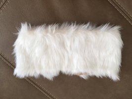 Cache-oreilles blanc