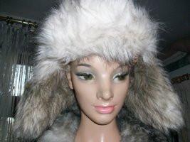 H&M Chapeau en fourrure crème acrylique