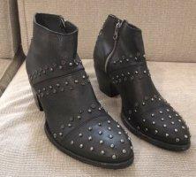 Felmini Boots Lederstiefel mit Nieten 41
