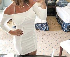 Figurbetontes Bardot-Kleid