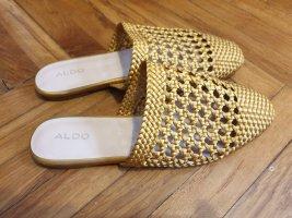 Flache, gewebte Pantoletten in Senfgelb von ALDO