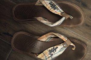 flip flops tommy hilfiger