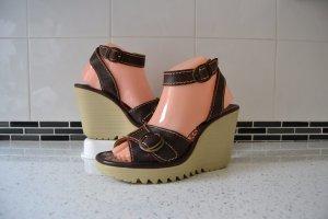 Fly London, Leder Sandalen, Sommer Schuhe, Gr. 38, neuwertig