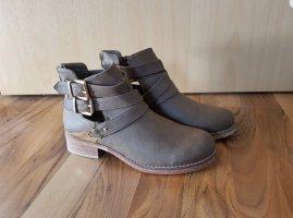 Forever 21 Chelsea Boot gris foncé-kaki
