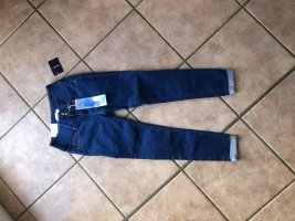 Forever21 Push Up Jeans, Gr. 36, Neu