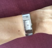 Fossil Watch With Metal Strap silver-colored-white