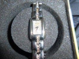 FOSSIL Uhr mit Dose Batterie muss gewechselt werden, Armband wurde gekürzt Teile nicht mehr vorhanden