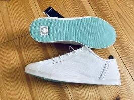 FRED PERRY weiße Canvas-Sneaker neu inkl. Karton