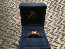 Frey Wille Ring Gold -Emaille, Contemporary Art NewYork Gr. 62/63 , 6mm breit