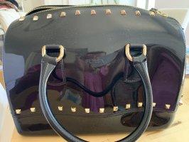 Furla Candybag in schwarz mit Nieten