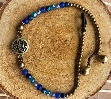 Fußkette messingfarbenes Ornament 1,3 cm inkblau Mix Perlen Länge 26 cm