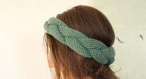 Geflochtenes Stirnband aus Wolle