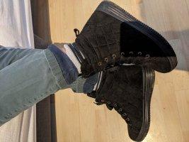 Gefütterte High Top Sneaker