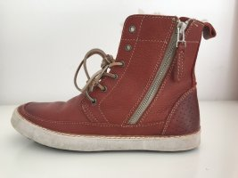 Gefütterte hohe Sneaker von Blackstone